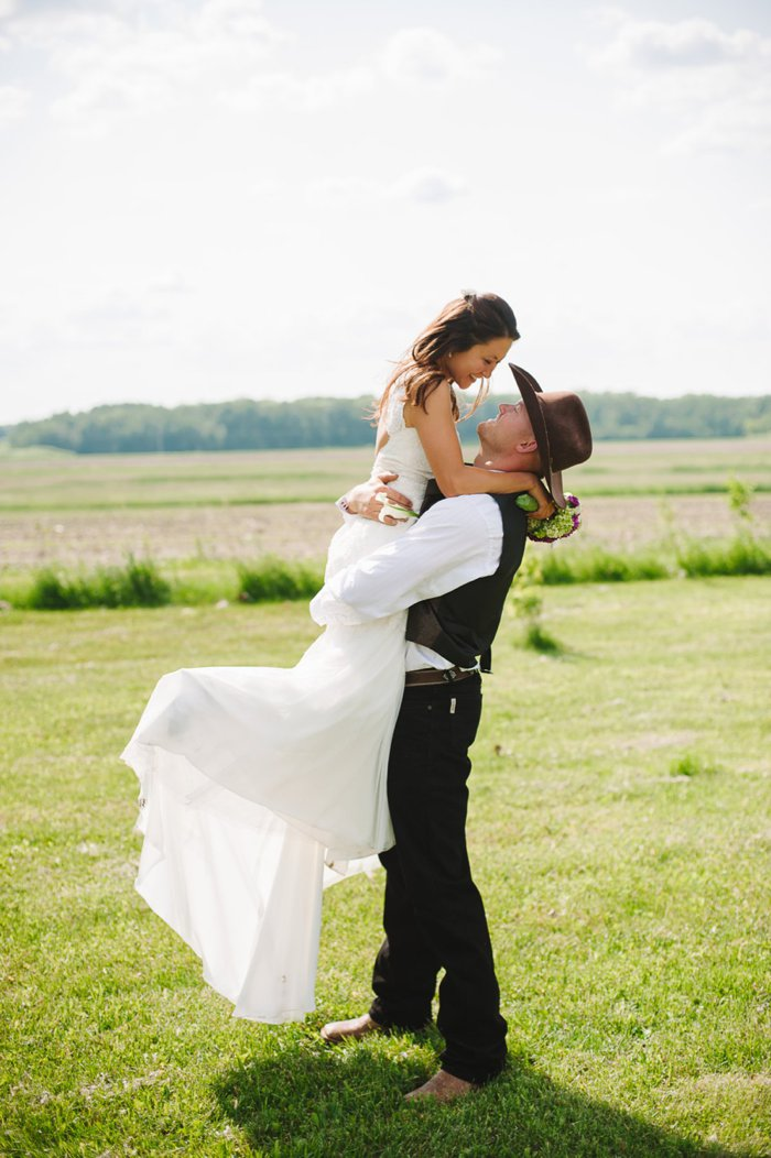 Wedding Photography by Laura Radniecki, Brainerd, Minnesota Wedding Photographer