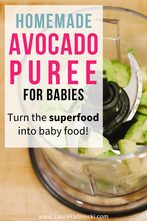 Avocados are one of today\'s best superfoods! They\'re also an awesome choice to make into homemade puree for babies. Here are simple, easy instructions for making your own homemade baby food using avocados with this easy baby food recipe! #babyfood #babypuree
