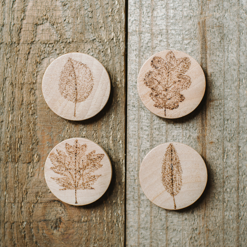 Wood Burned Leaf Magnets on Wood Slices | Wood Burned Leaf Magnets, Magnets with Leaves, Woodburning Gifts