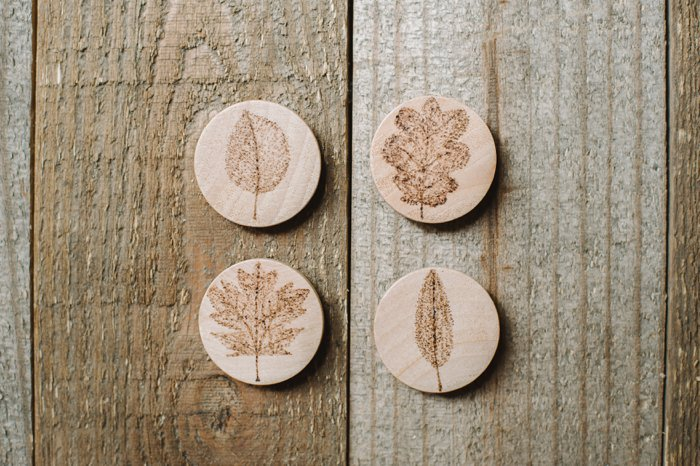 Wood Burned Leaf Magnets On Wood Slices Diy Wood Burned