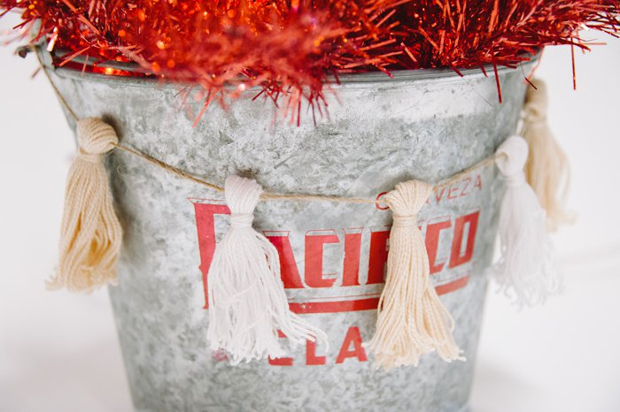 diy christmas tassel decor