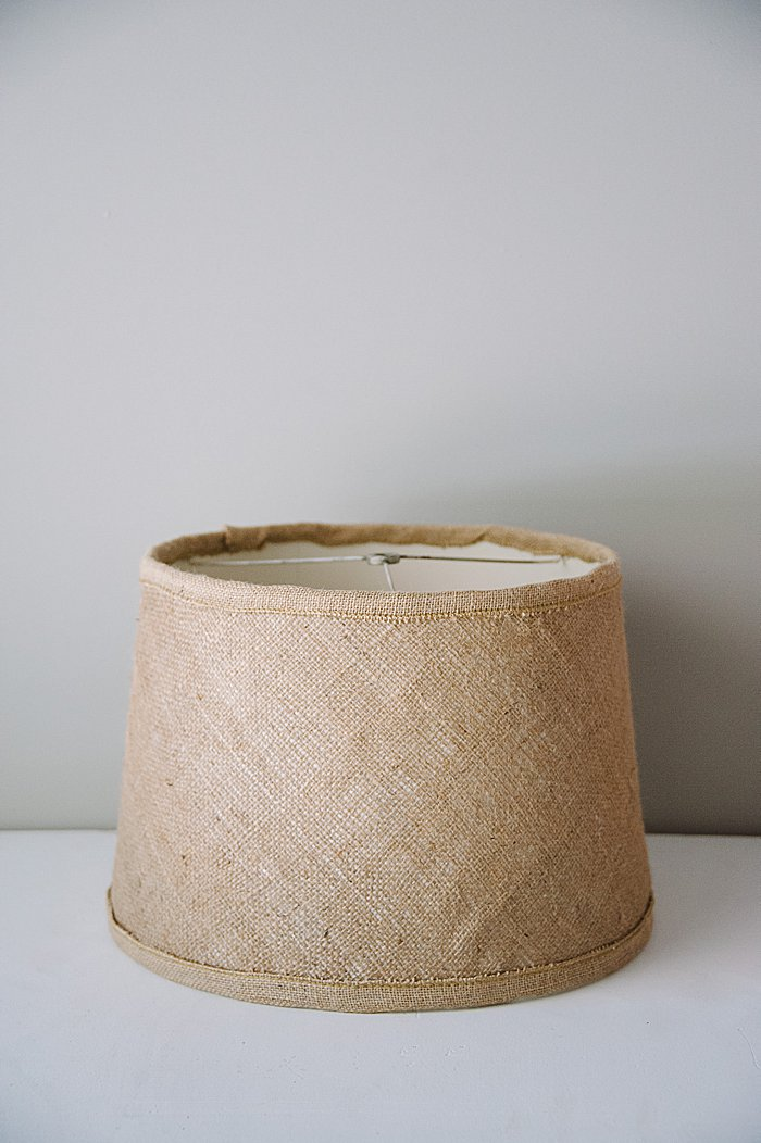 Easy Upcycled DIY lampshade makeover with burlap fabric | easy upcycle ideas