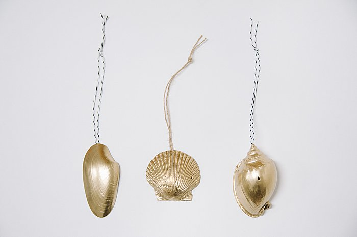 diy ornaments made from shells from the beach