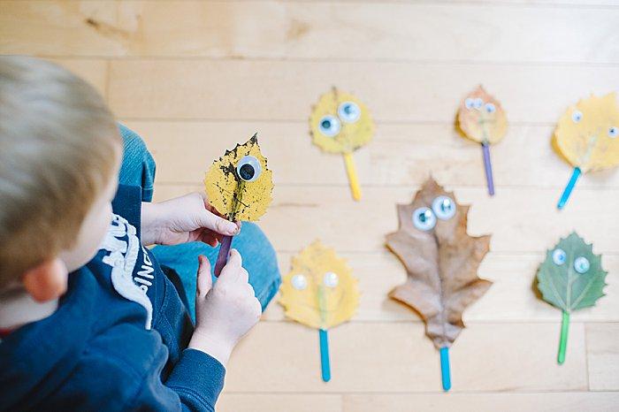 diy leaf puppets