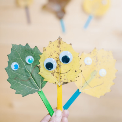 A Leaf Monster Craft for Kids _ DIY Leaf Puppets are an easy fall leaf craft perfect for kids.