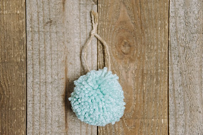 DIY Yarn Pom Pom Christmas Tree Ornament