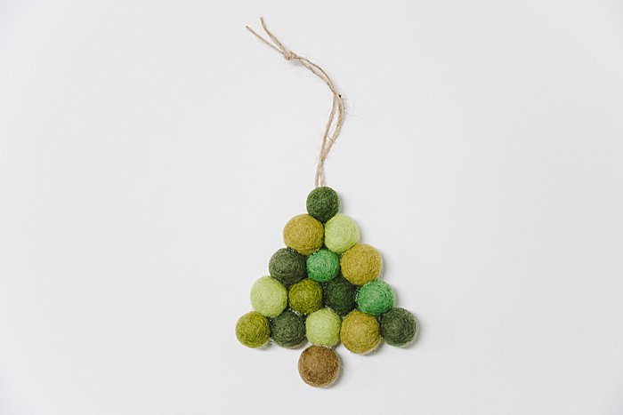 Day 9: How to Make a Felt Ball Ornament | The 30 Days of Ornaments Project