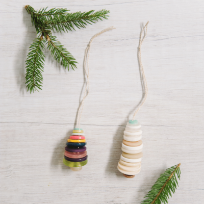 Day 25_ How to Make a Button Christmas Tree Ornament _ The 30 Days of Ornaments Project