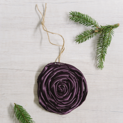 Day 28: How to Make a Rolled Ribbon Rosette Ornament | The 30 Days of Ornaments Project