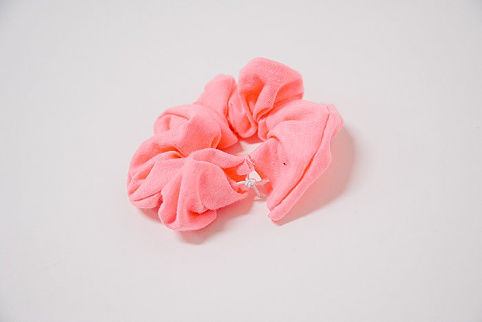How to Make DIY Scrunchies Out of an Old T-Shirt