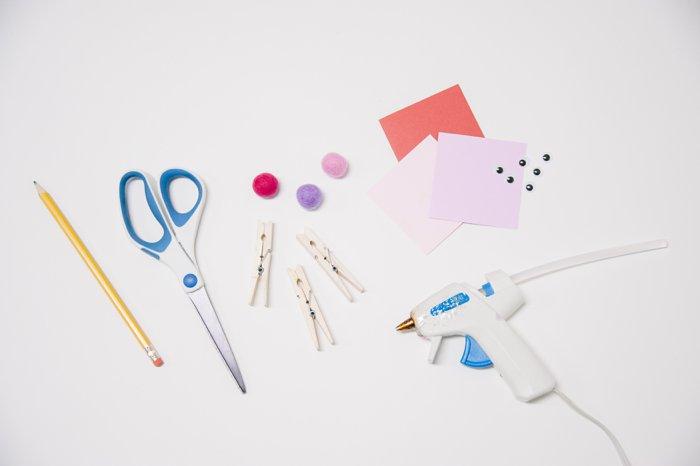 Supplies needed for Valentine's Day Treat Buddies | Valentine Treats for School Ideas