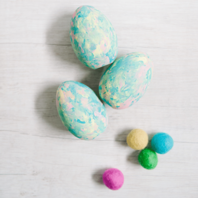 Easy Wooden DIY Painted Easter Eggs | Easter Crafts for Kids