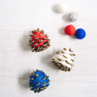 How to Make 4th of July Yarn-Wrapped Pine Cones