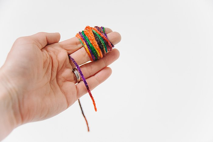 diy pom pom making