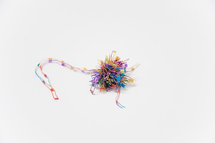 making pom poms with fancy yarn