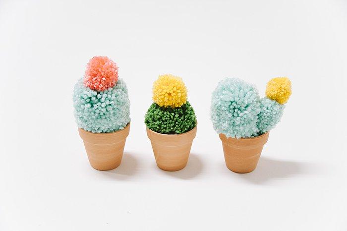 diy faux yarn cacti