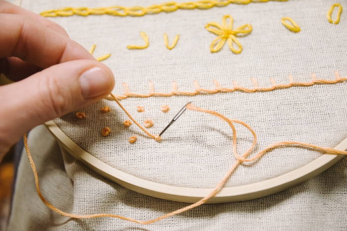 french knot embroidery stitch